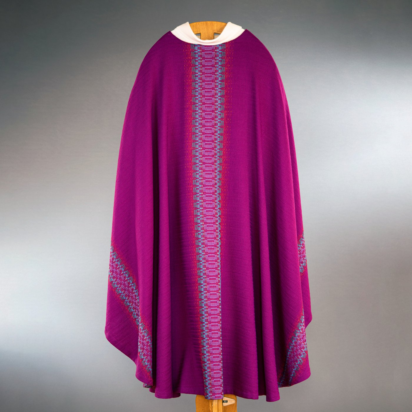 Chasuble violet-rouge