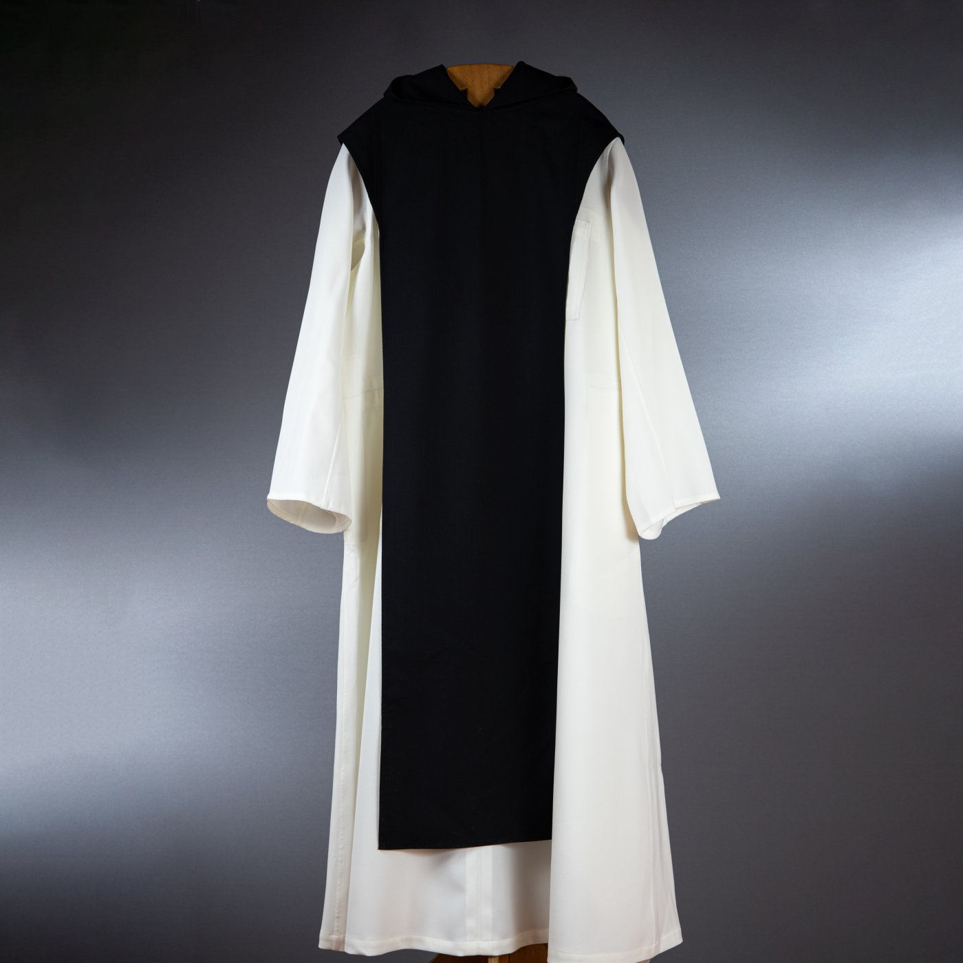 Robe et scapulaire